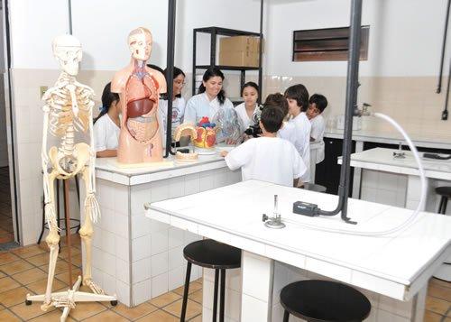 01-lab-ciencias-3